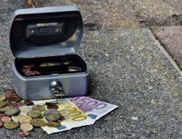 El TJUE obliga a los bancos a devolver la cláusula suelo desde el inicio de la hipoteca