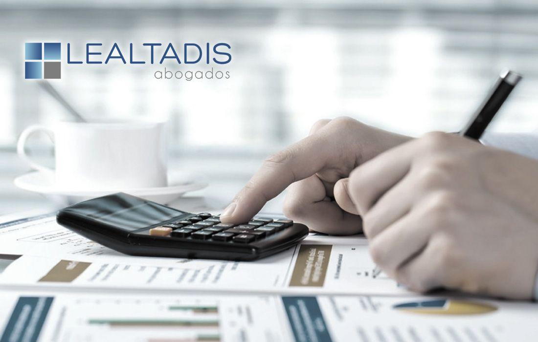 Plan de pago a proveedores y compatibilidad para reclamar intereses de demora