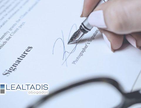 La reforma del recurso de casación contencioso administrativo. El interés casacional como nuevo requisito de acceso y la posible vulneración del Art. 24 de la CE